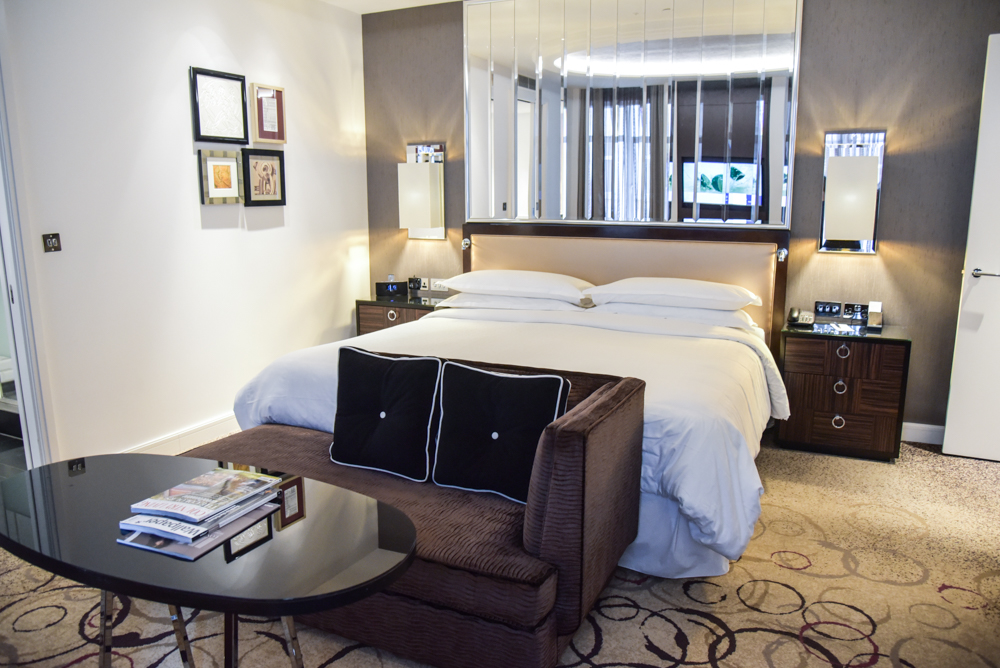 luxury-hotel-review-the-sheraton-grand-park-lane_-2