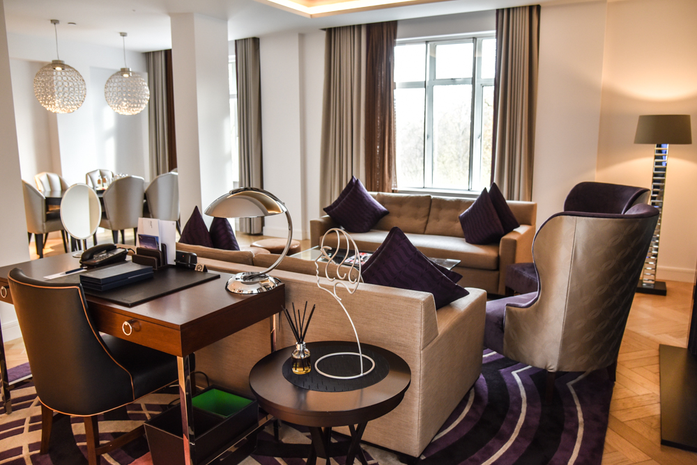 luxury-hotel-review-the-sheraton-grand-park-lane_-9