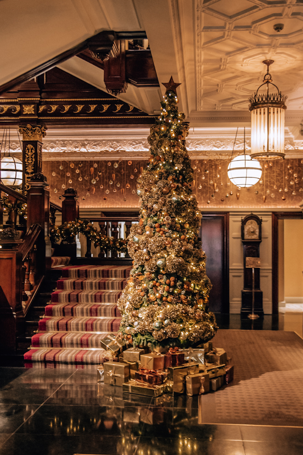 Christmas In London.Five Places To Go In London This Christmas Silverspoon London